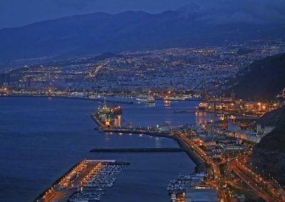 Puerto de Tenerife nocturna
