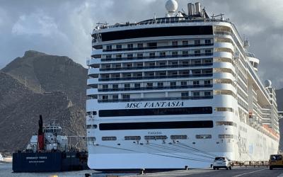 Una decena de cruceros podrían llegar a compartir larga estancia en el puerto de Tenerife