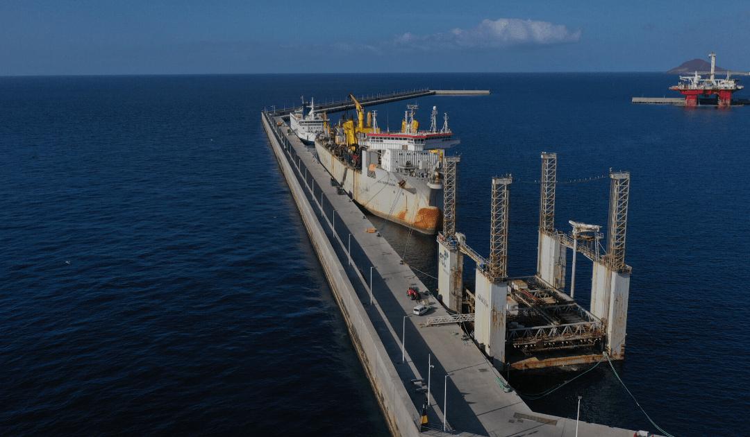 El Puerto de Granadilla acoge una de las mayores dragas de succión del mercado