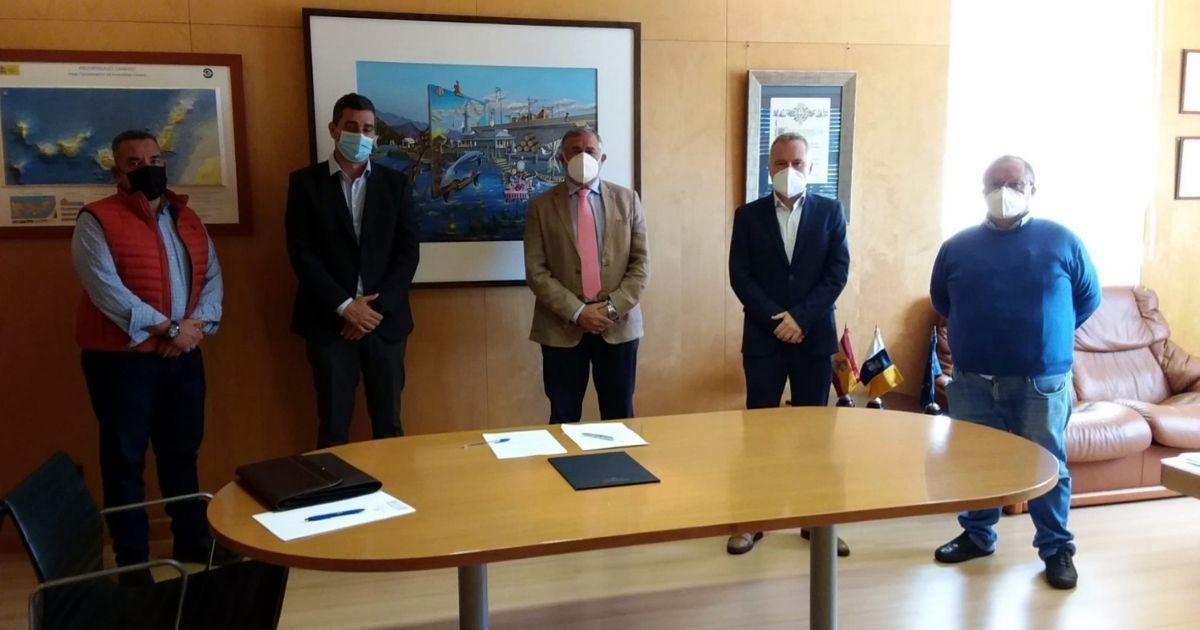 Firma del contrato de las obras Valleseco