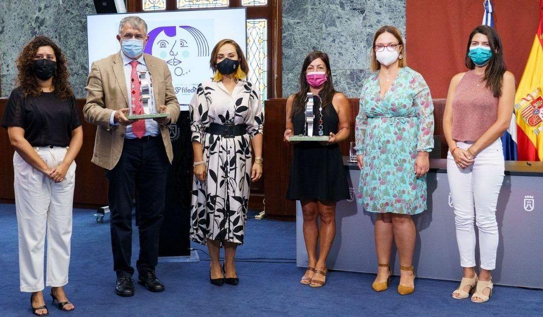 La Autoridad Portuaria tinerfeña y la Asociación de Familias Monoparentales, premios a la igualdad laboral